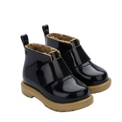 32833-Mini-Melissa-Chelsea-Boot-Bb-Pretobege-Diagonal