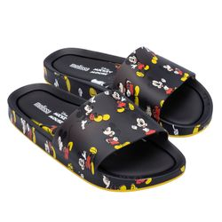 33394-51565-Melissa-Beach-Slide-Mickey-And-Friends-III-Preto-Amarelo-Diagonal